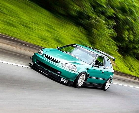 Ek Hatchback Rolling In The Track