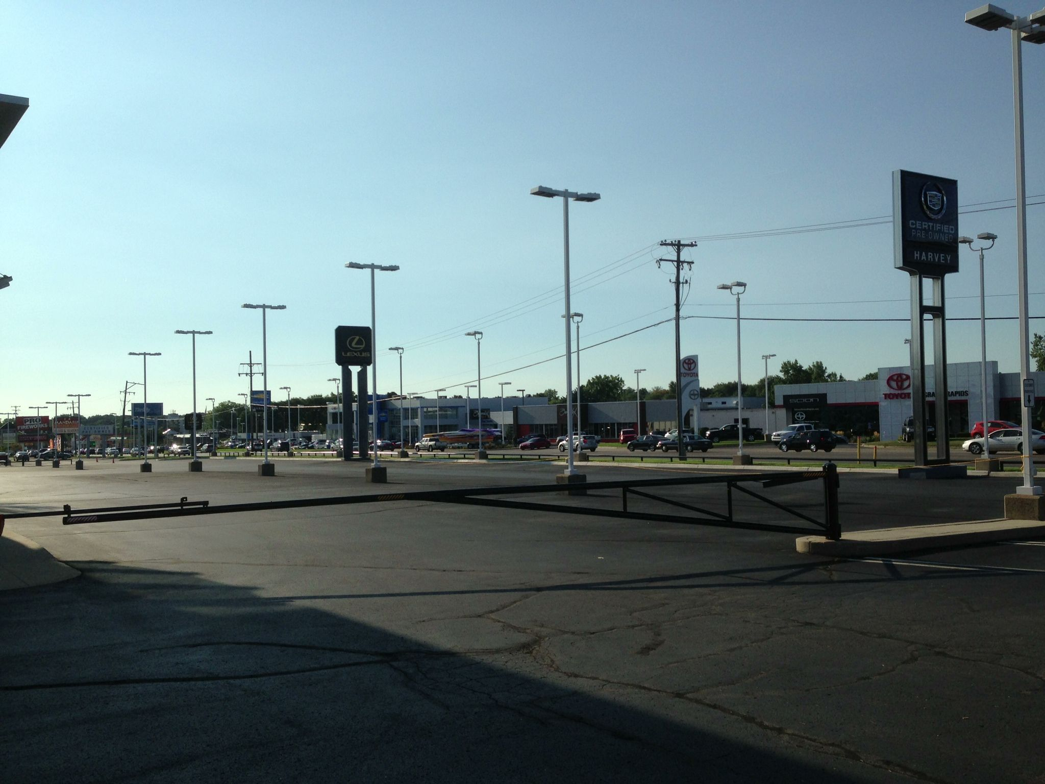 The Friday prior to the show, the entire front lot at Harvey Automotive is cleared! Friday, August 24, 2013