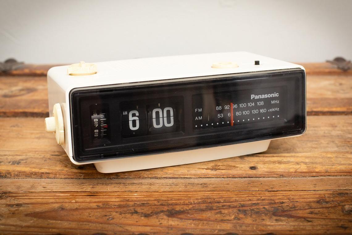 Pin On Vintage Cameras Radios Etc