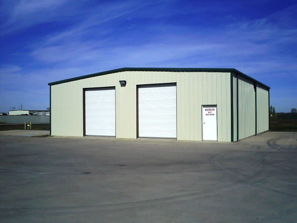 K S Industries Is A Company That Is Capable Of Catering To All Your Warehousing Needs It Offers Both Cold Dry Storage Facility Outdoor Decor Wood Pallets