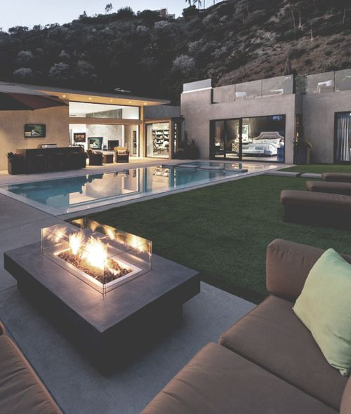 13 Superb Modern Living Room With Pool Ideas That Will: Backyard! Cabbagerose: 14-forum Granada... Contemporary