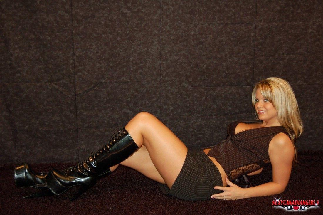 Ashleigh  E  A Sexycanadiangirl Canadian Girls