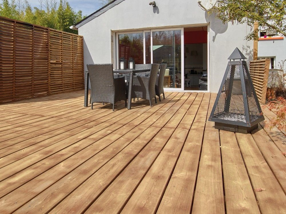 Lame de terrasse born o en pin classe 4 marron lames - Terrasse bois pin classe 4 ...