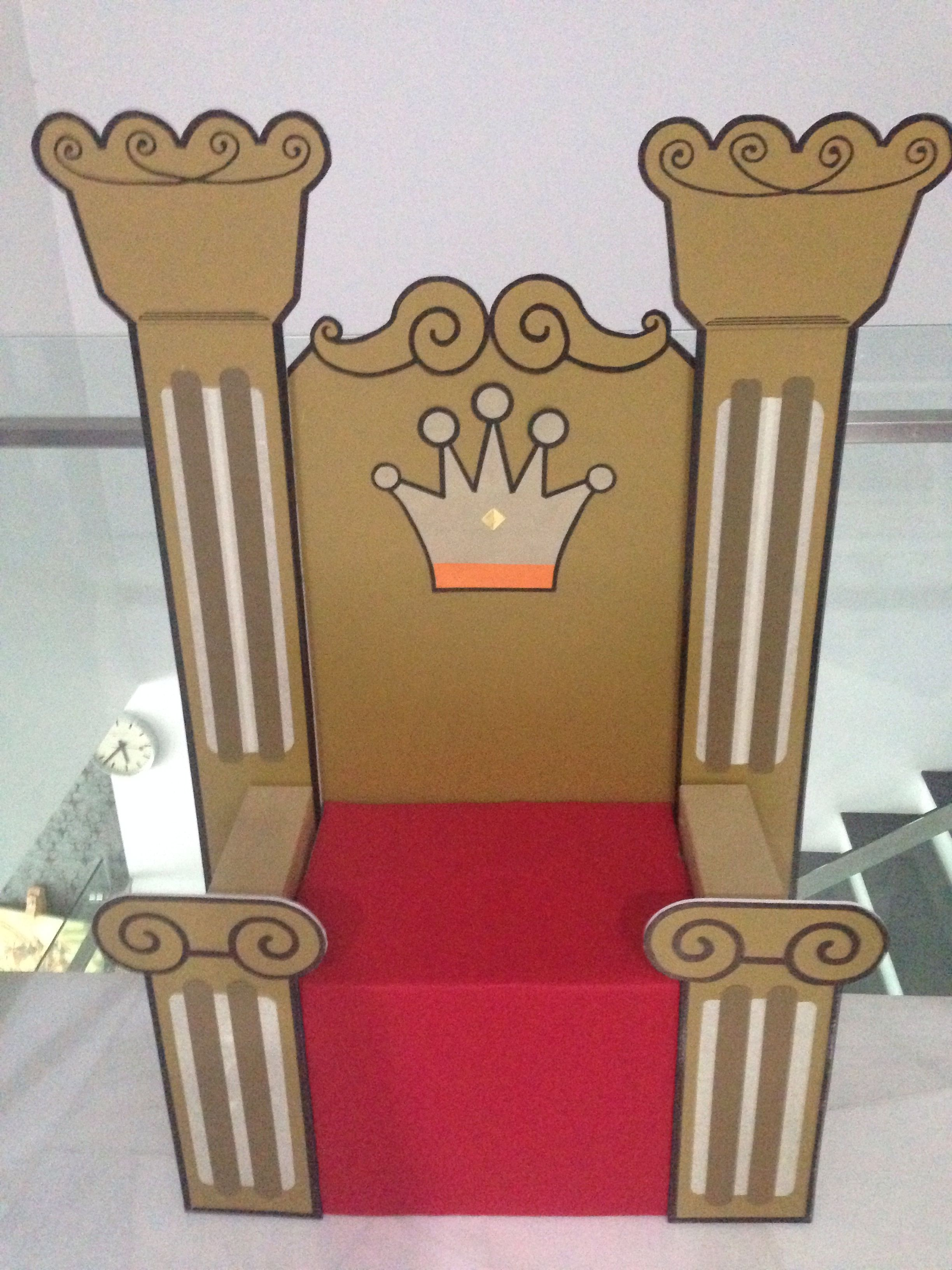 how to make a queen throne chair cover and sash hire london speech drama props king favorite diy build