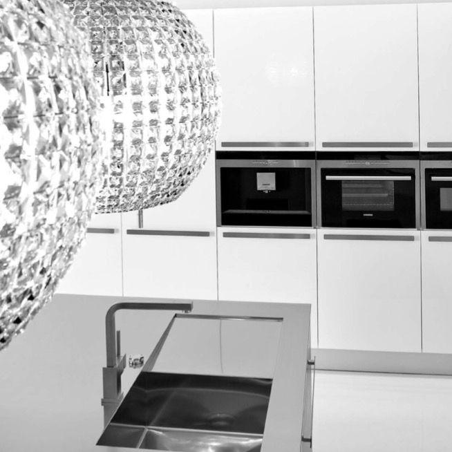 KICH KITCHENS - KITCHENS | Kitchens that ROCK!! | Pinterest | Gold ...