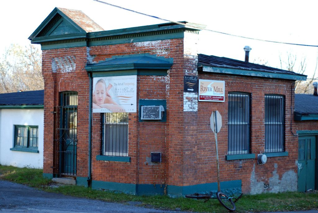 Coal yard office at Rideau and Cataraqui Streets slated for ...