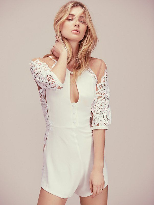 Dresses for Women | Free People at Free People. View the whole collection, share styles with FP Me, and read & post reviews.