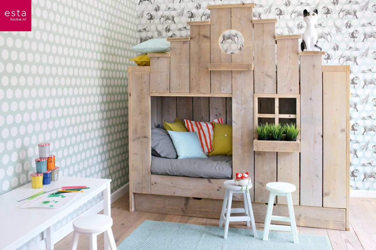 Behang Slaapkamer Romantisch : Breng het jungle thema in de slaapkamer van jouw kleine tarzan of