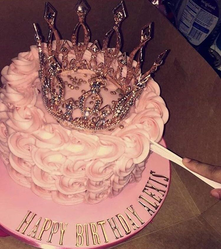 Pin By Queen On ℹ ℝ ℋ A ƒƒ Birthday Cake Toppers 19th Birthday Cakes 16 Birthday Cake