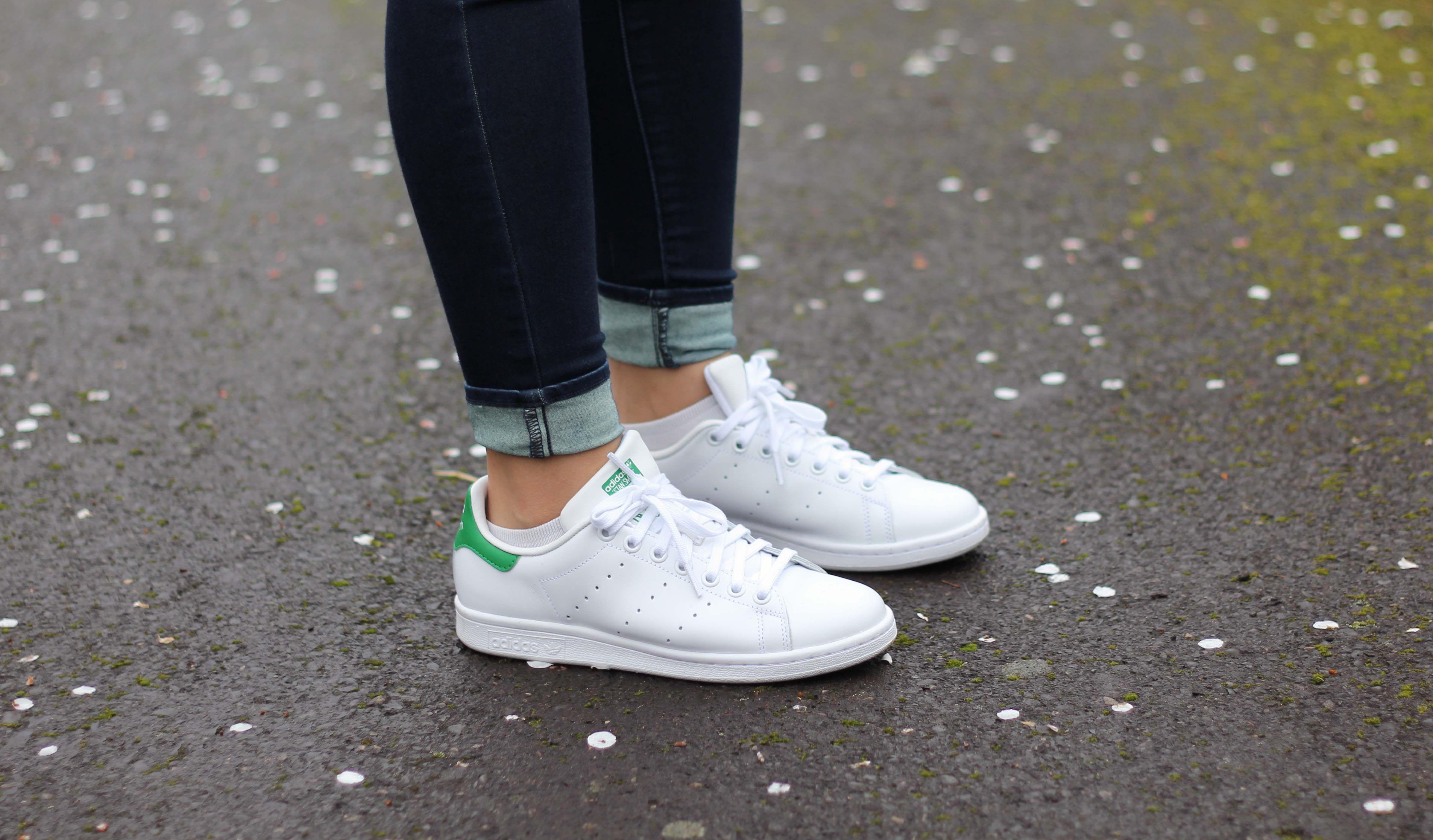 Ofensa milicia pollo  Adidas Stan Smiths for Women Review | Stan smith, Adidas stan smith,  Superstar outfit