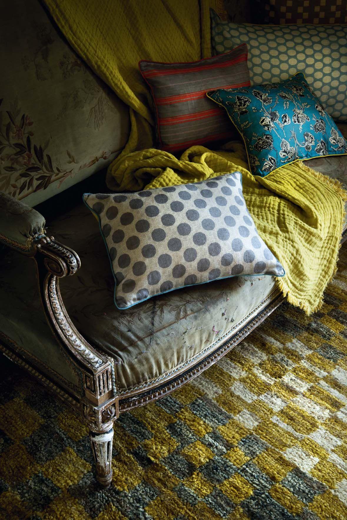 Coussins Japonais en soie Le Monde Sauvage | Fabrics | Pinterest ...