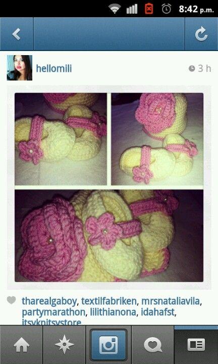 Sapatos bebe crochet