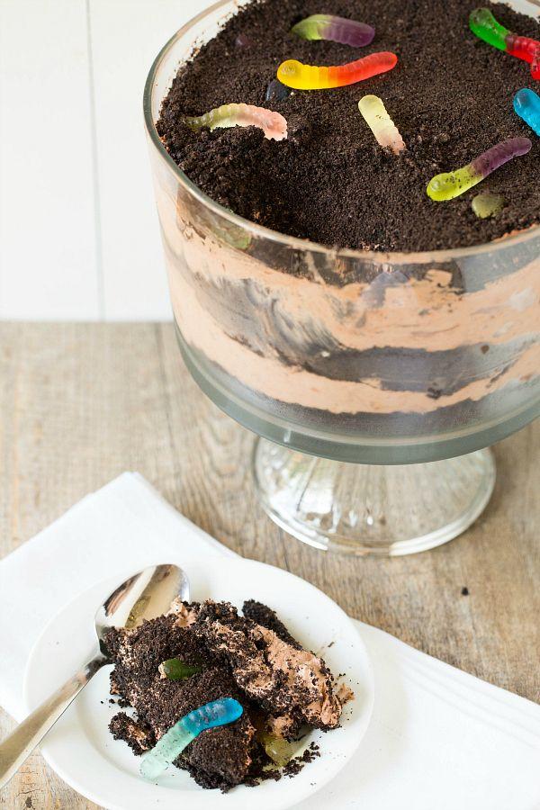 Dirt Dessert Recipe Dirt dessert, School and Elementary schools - halloween dessert ideas