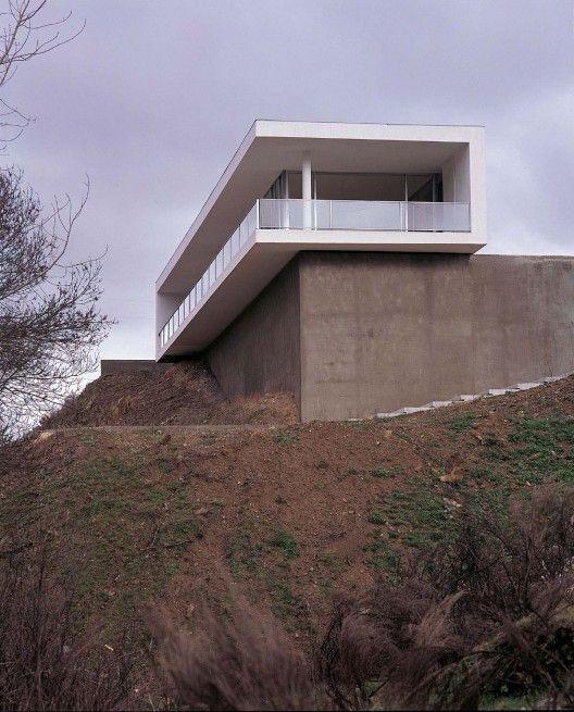 Galeria De Casas Exteriores: Vivienda Cardal / Cannatà & Fernandes