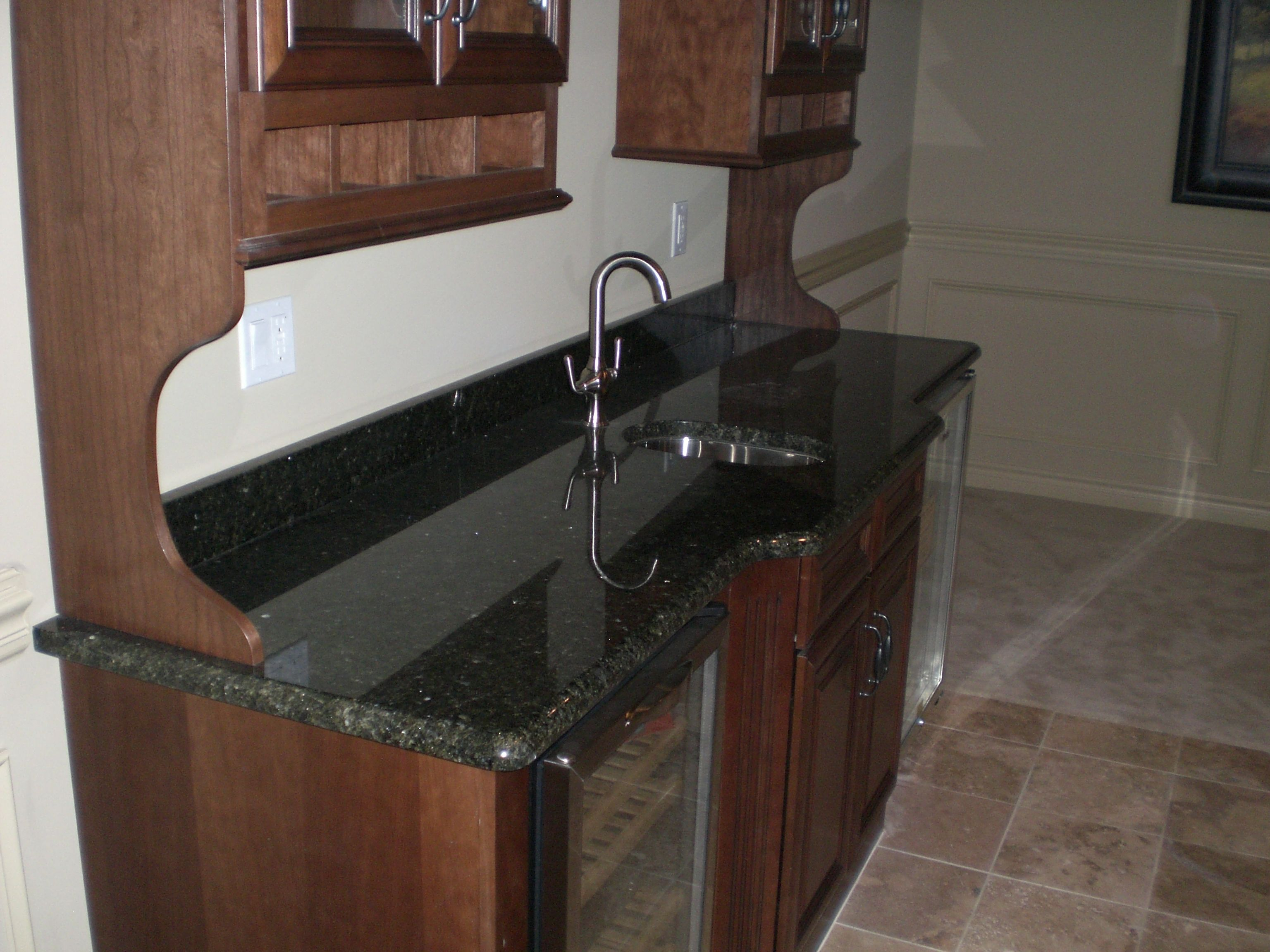 Verde Uba Tuba Hot Sale Granite Stone Granite Countertops,kitchen Tops Price