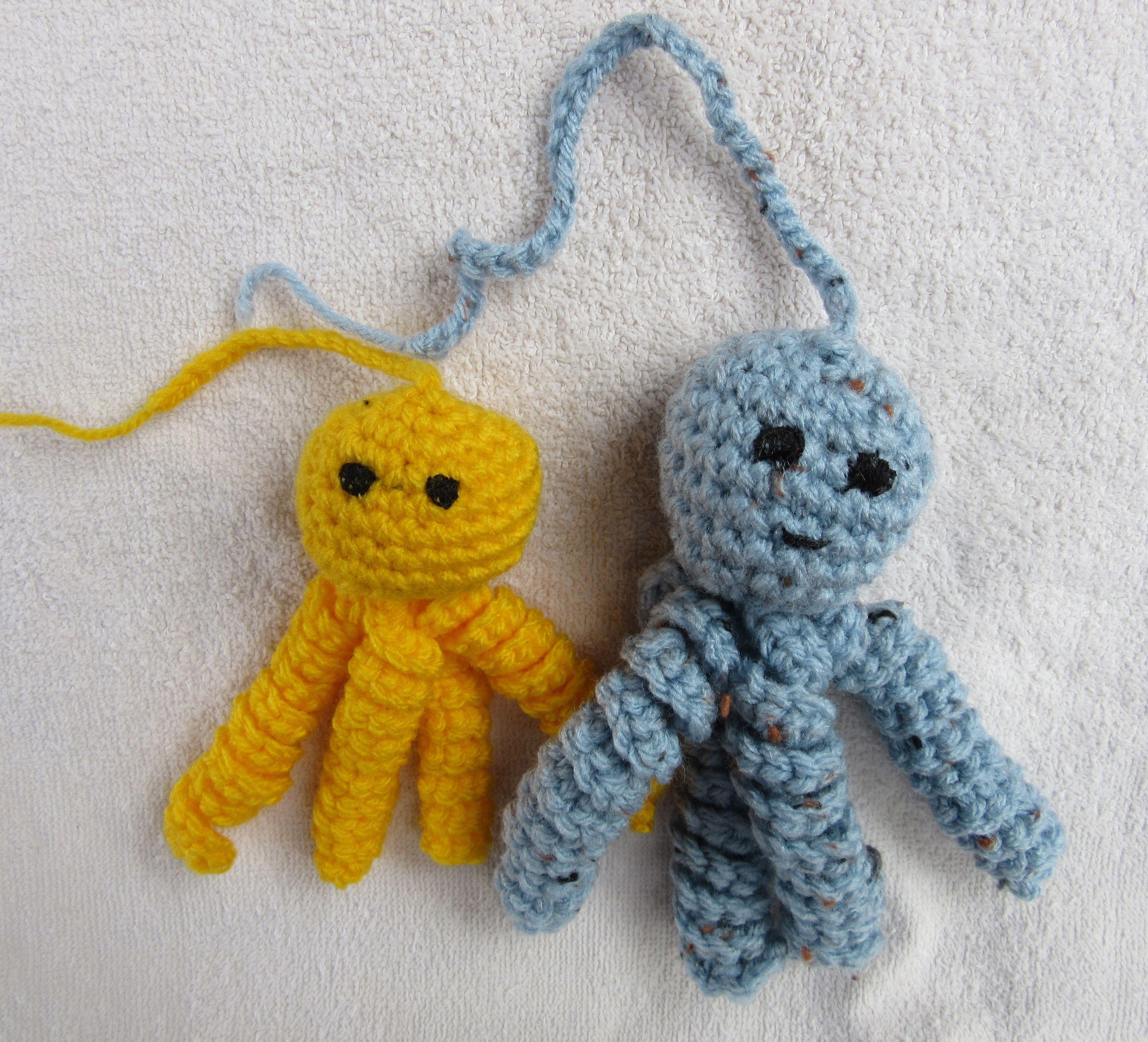 Octo Octo Cat Toy Free Crochet Pattern By Kathy Kelly Crochetbird Stuffed Toys Patterns Crochet Cat Toys Crochet Toys Patterns