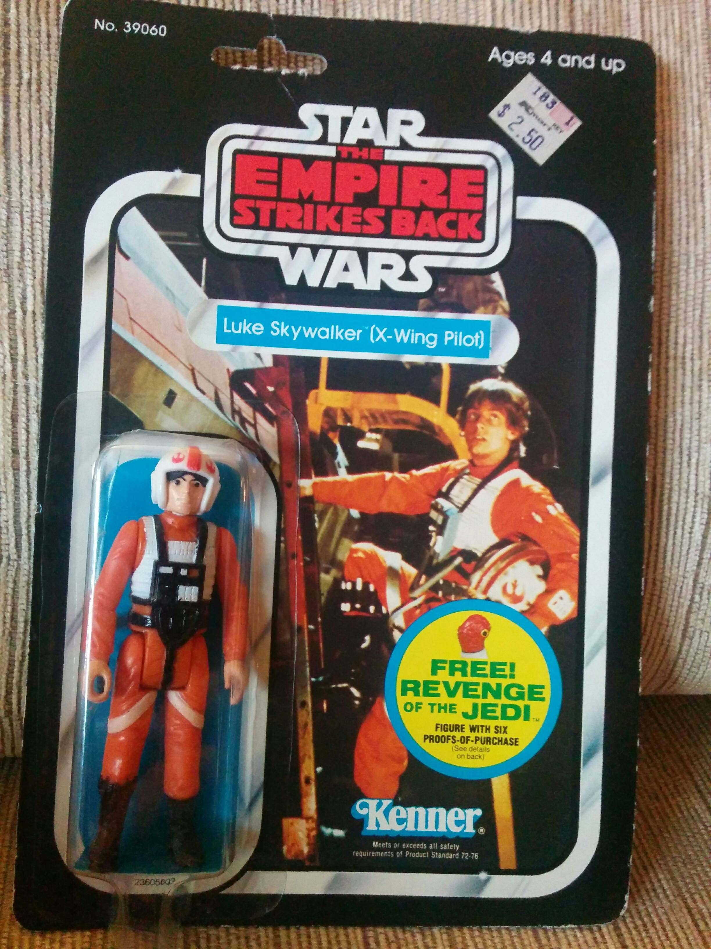 Mom Finds Forgotten 30 Year Old Star Wars Christmas Gift In Drawer