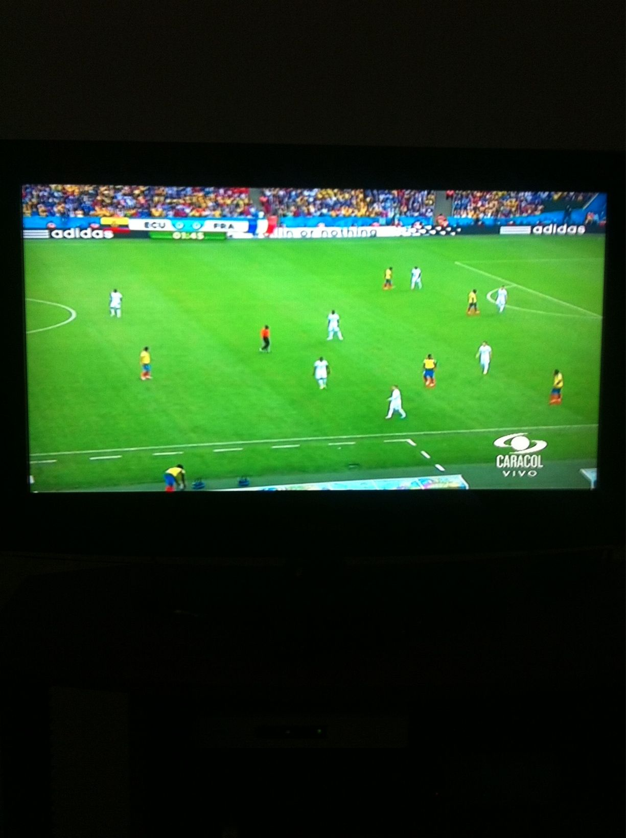 Puro Mundial Ahora Ecuador vs Francia  www.vivalaradiotelevision.com