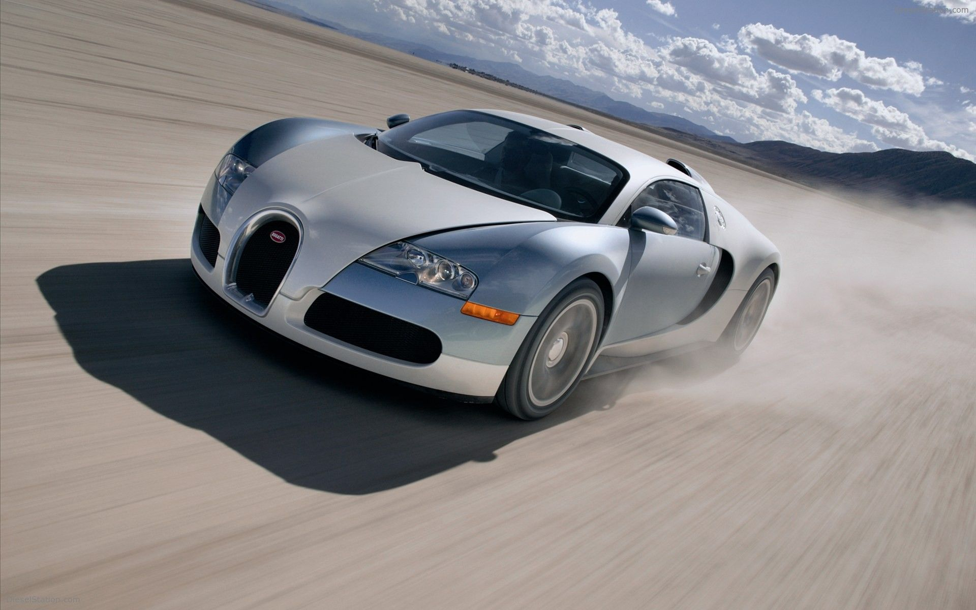 91f26ae6bbd54247cd6d1a9db315d5fa Cool Bugatti Veyron Price In Uae 2015 Cars Trend