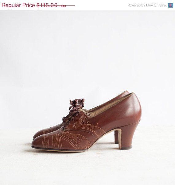 40 Off Sale Vintage 1930s Deco Oxfords / by GingerRootVintage, $69.00