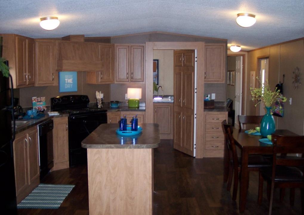 les 25 meilleures id es de la cat gorie ext rieurs de maisons mobiles sur pinterest porche de. Black Bedroom Furniture Sets. Home Design Ideas