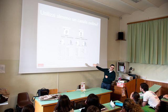 Conferenza Organizzata dal Rotaract Club Faenza sulla digital reputation all'Istituto di Sant'Umiltà - Sabato 27 Aprile 2013