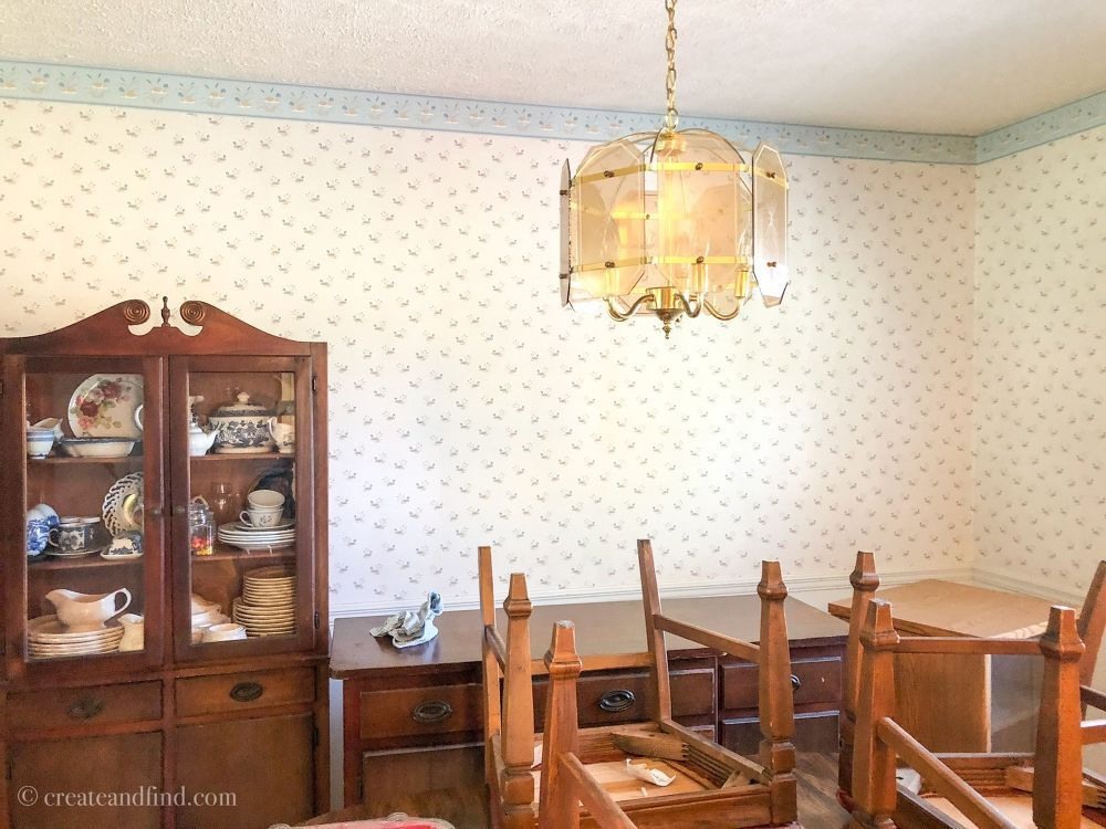 How to Paint Over Wallpaper DIY   Painting over wallpaper ...
