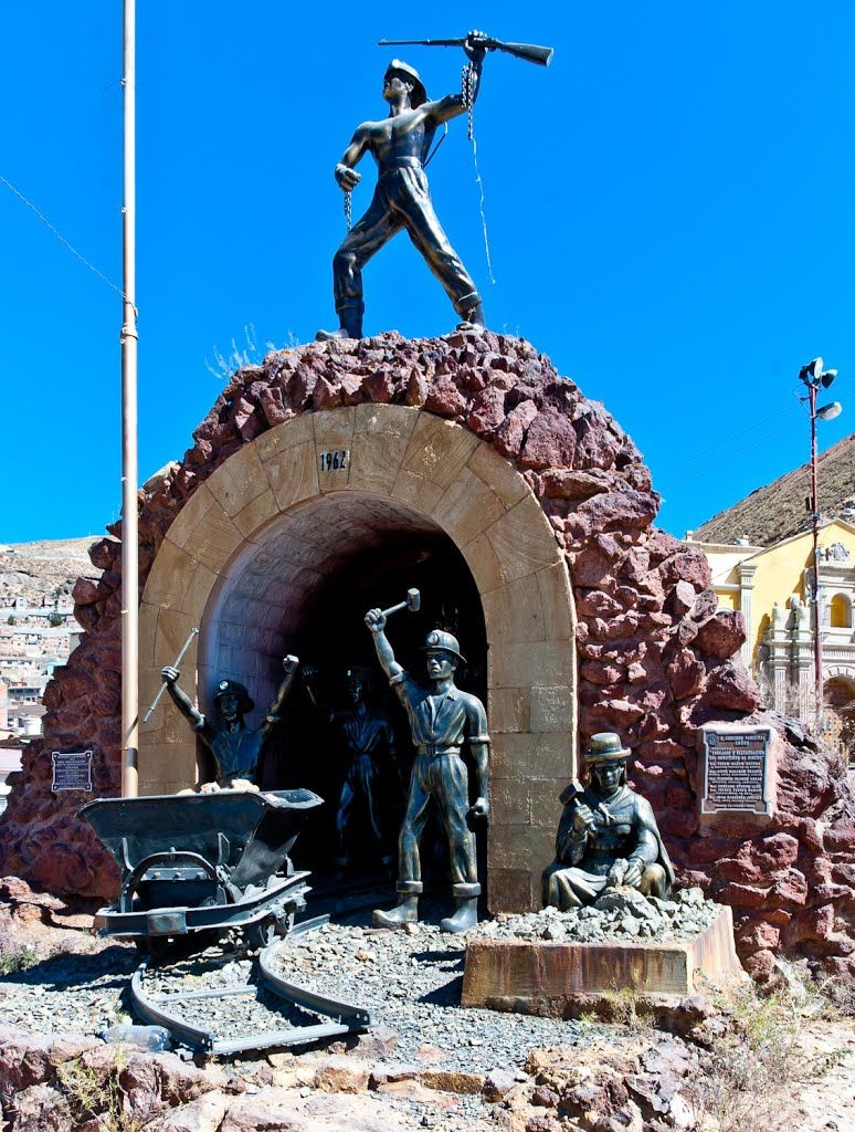 The Monument To Miners Oruro Monument South America Statue Of Liberty