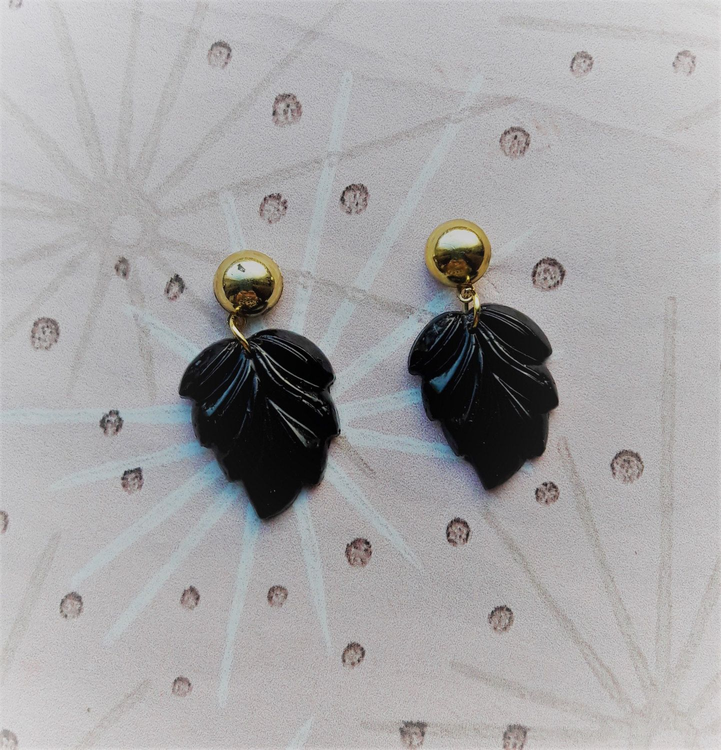 Glitter and sparkle with modern look. Modern resin earrings