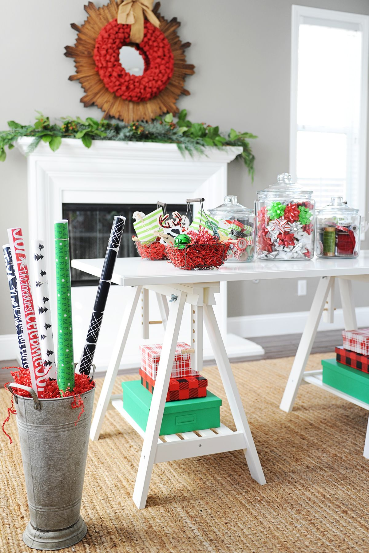 Christmas Party Ideas : Girls Night In   Christmas decor