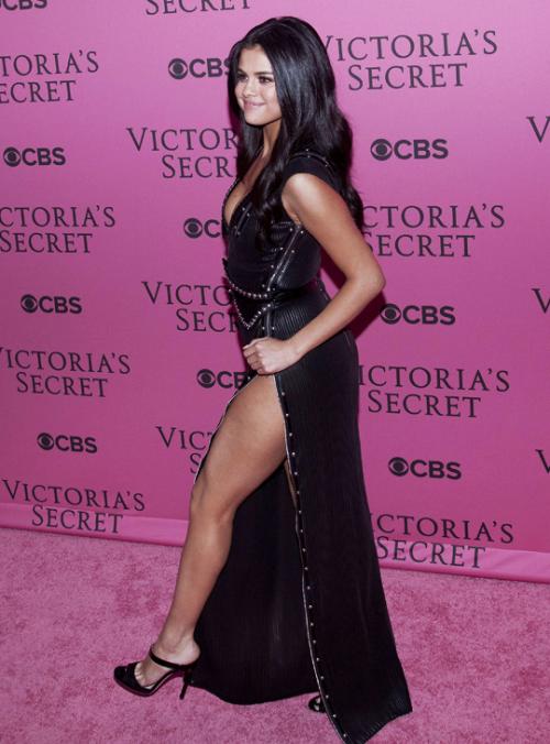 Your #1 selena gomez source | Selena Gomez | Pinterest | Fotos de ...