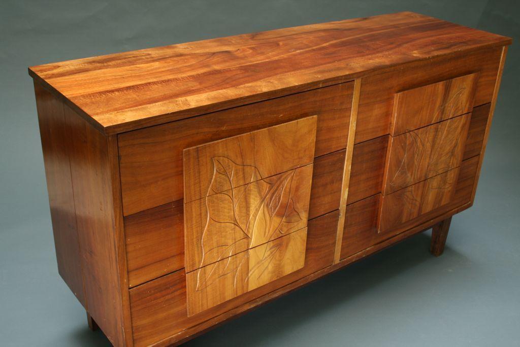 Beautiful Solid Koa Wood Hawaiian Dresser Set 1stdibs Com Hawaiian Furniture Vintage Bedroom Sets Koa Wood