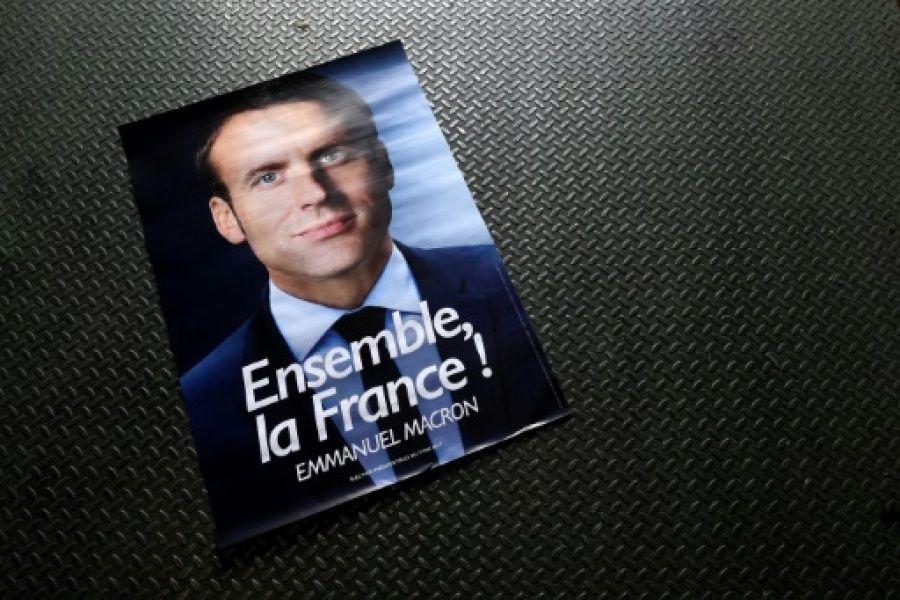 """Macron aux salariés de Whirlpool: """"la fermeture des frontières, c'est une promesse mensongère"""""""