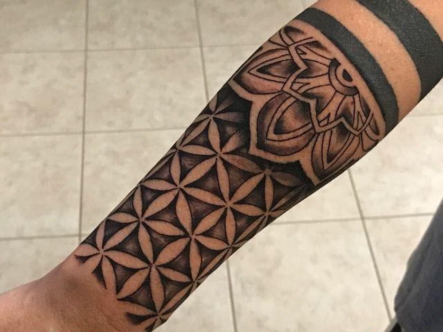 Half Sleeve Tattoo Flower Of Life Cooltattoolife Best Sleeve Tattoos Sleeve Tattoos Polynesian Tattoo