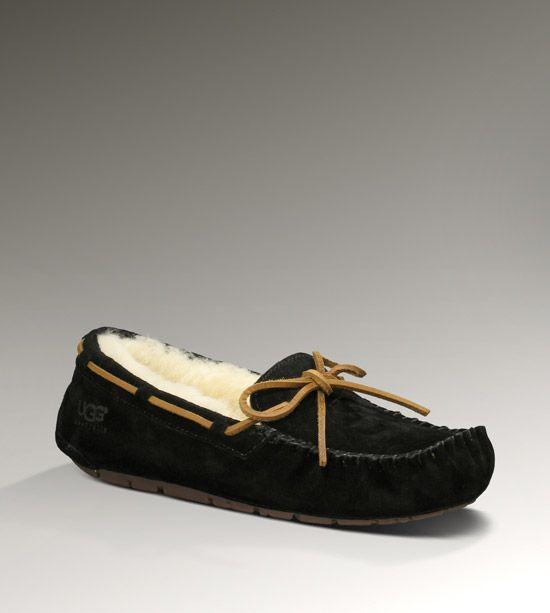 038835ef53f Women's Share this product Dakota Slipper | Favorite things | Uggs ...
