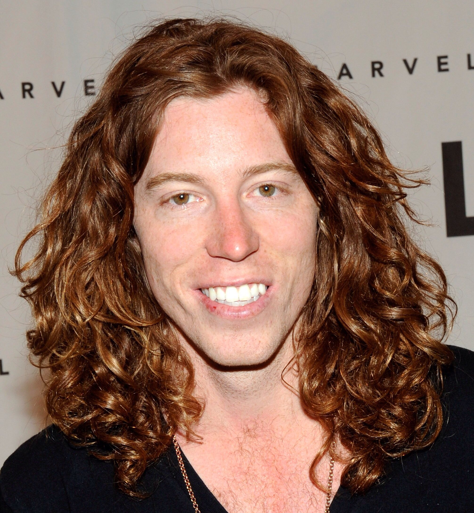 Shaun White With Long Hair The Flying Tomato Long Hair Styles Men Long Hair Styles Shawn White