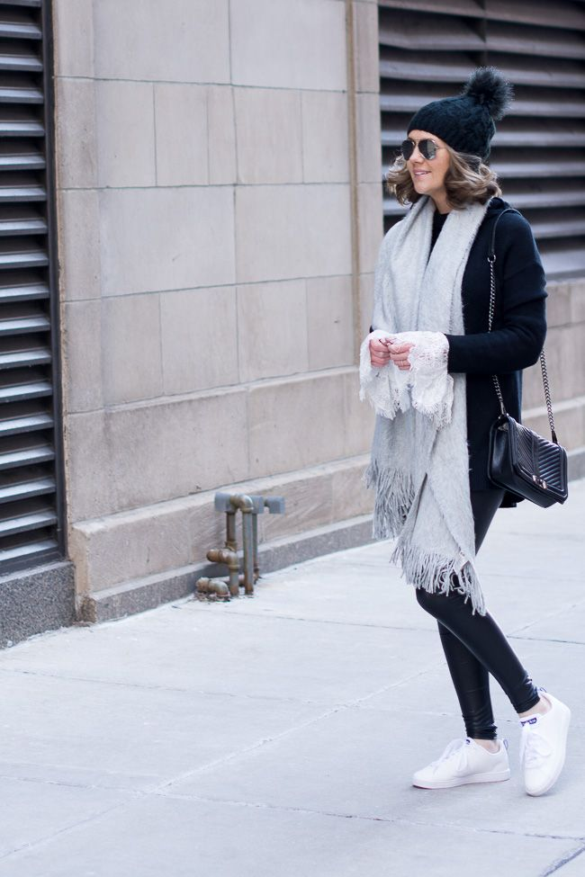 Street Style Black And White With Lace Details Street Style