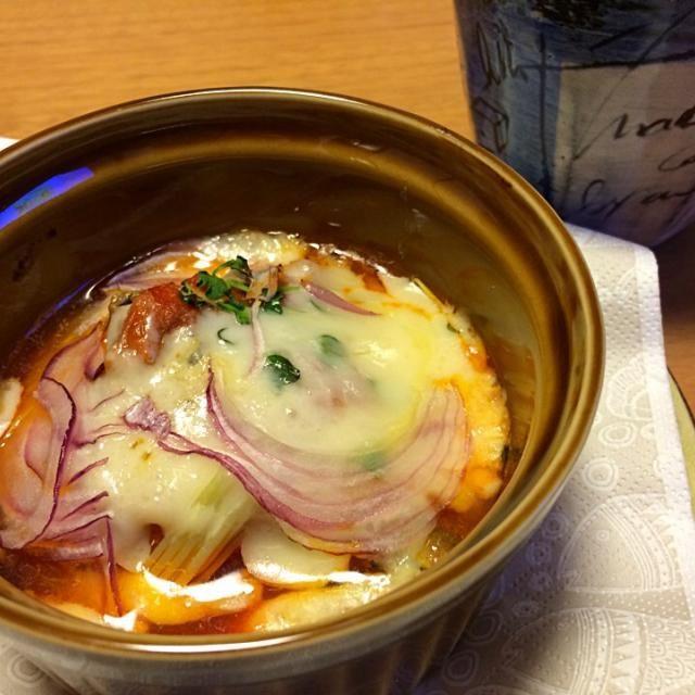 昼にお好み焼きを食べ過ぎてほぼほぼお腹すいてない… …ので、なんだかツマミっぽい夕餉です(^^;; - 29件のもぐもぐ - 缶つまのチーズ焼(≧∇≦)♪ by nuno
