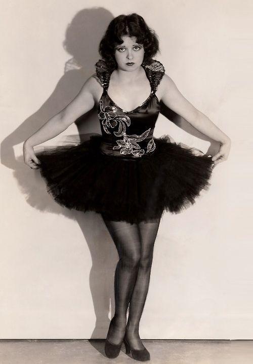 Clara Bow in Dangerous Curves, 1927