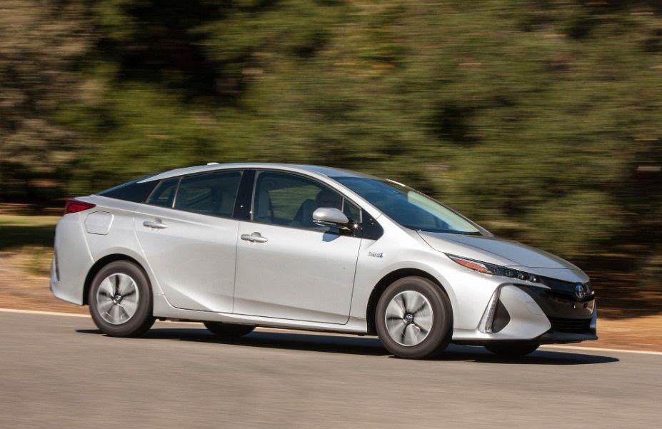 Toyota Prius Prime 2020 2017 Toyota Prius Prime Reviews And