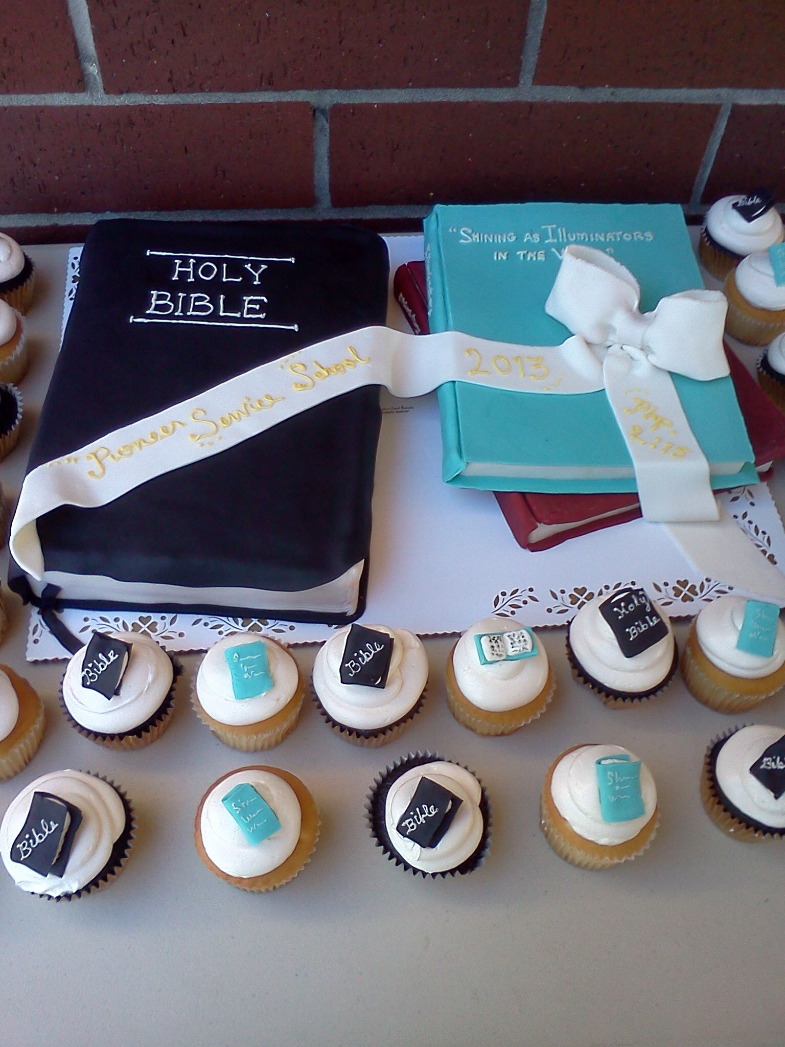 JW 2013 pioneer school cake, Pittsburg  Ca, #leticiasconfections #jw