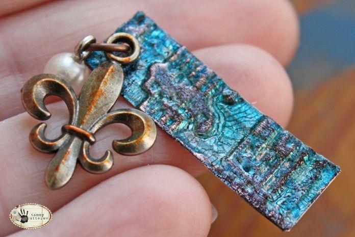 tammytutterow crackled metal pendants