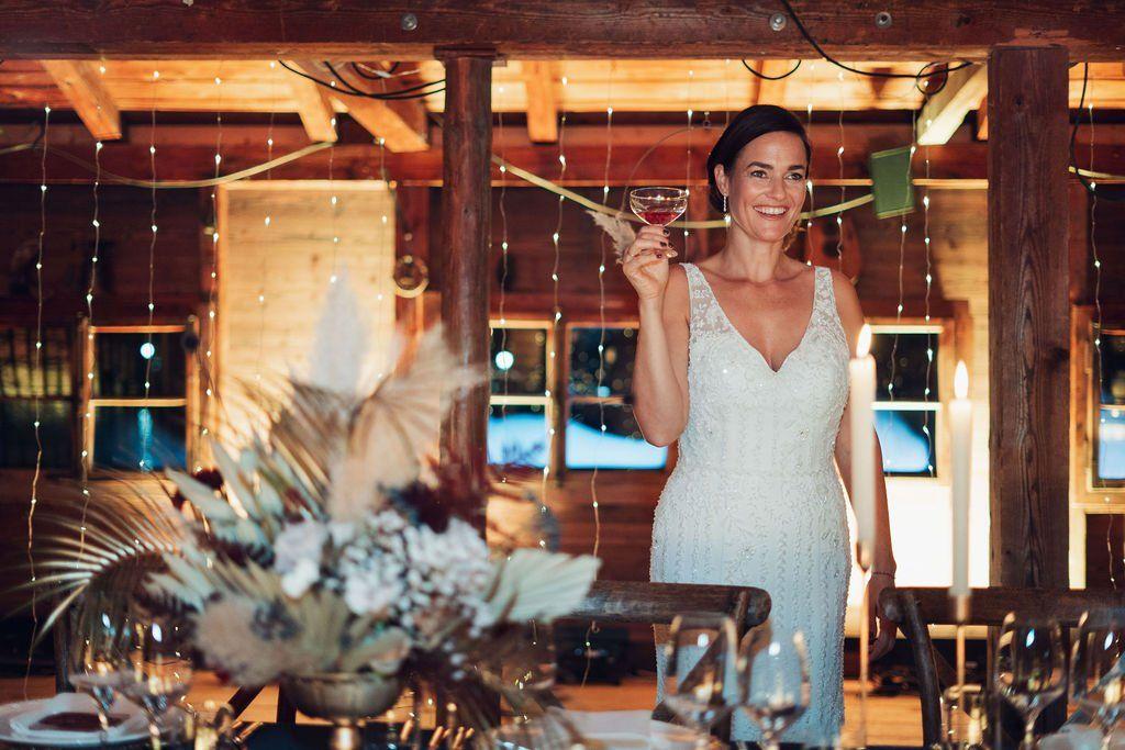 Hochzeitslocation Am Tegernsee Das Bootshaus Fraulein K Sagt Ja Hochzeitslocation Hochzeit Im Herbst Tegernsee