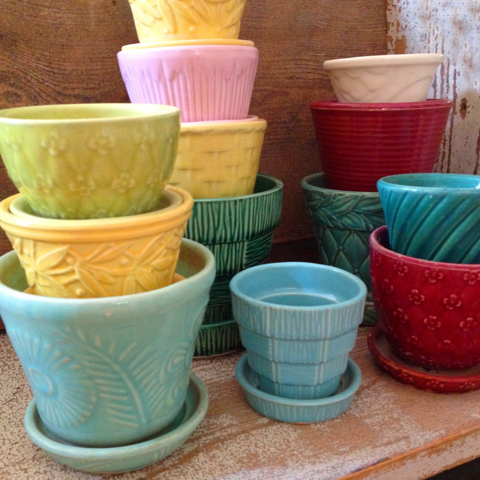 vintage mccoy pots are so decorative and versatile. can you imagine