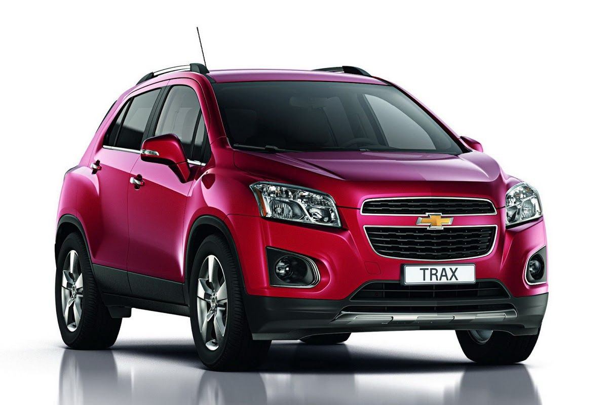 New Chevrolet Trax Small Suv Pictured And Detailed Ahead Of Paris Motor Show World Premiere Carscoops Chevrolet Trax Small Suv Suv