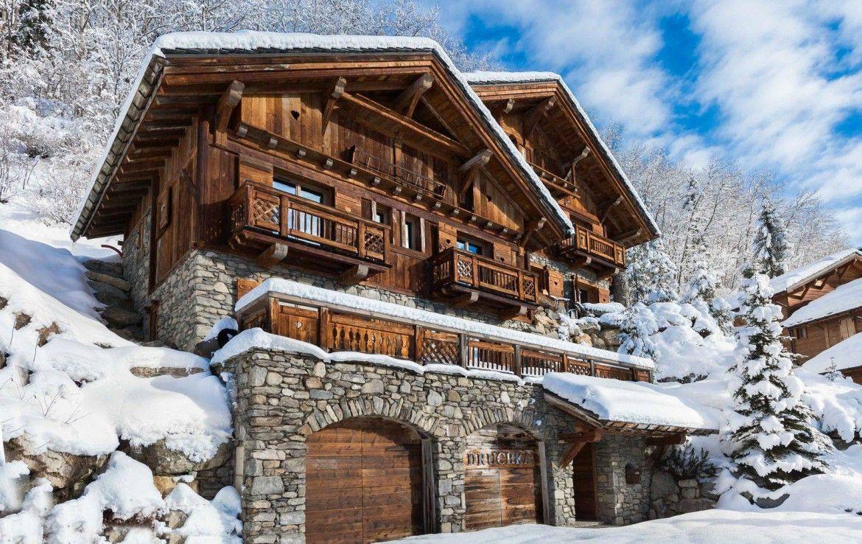 A Magnificent Chalet In Meribel Kingsavenue Com Chalet Ski Chalet Chalet Interior