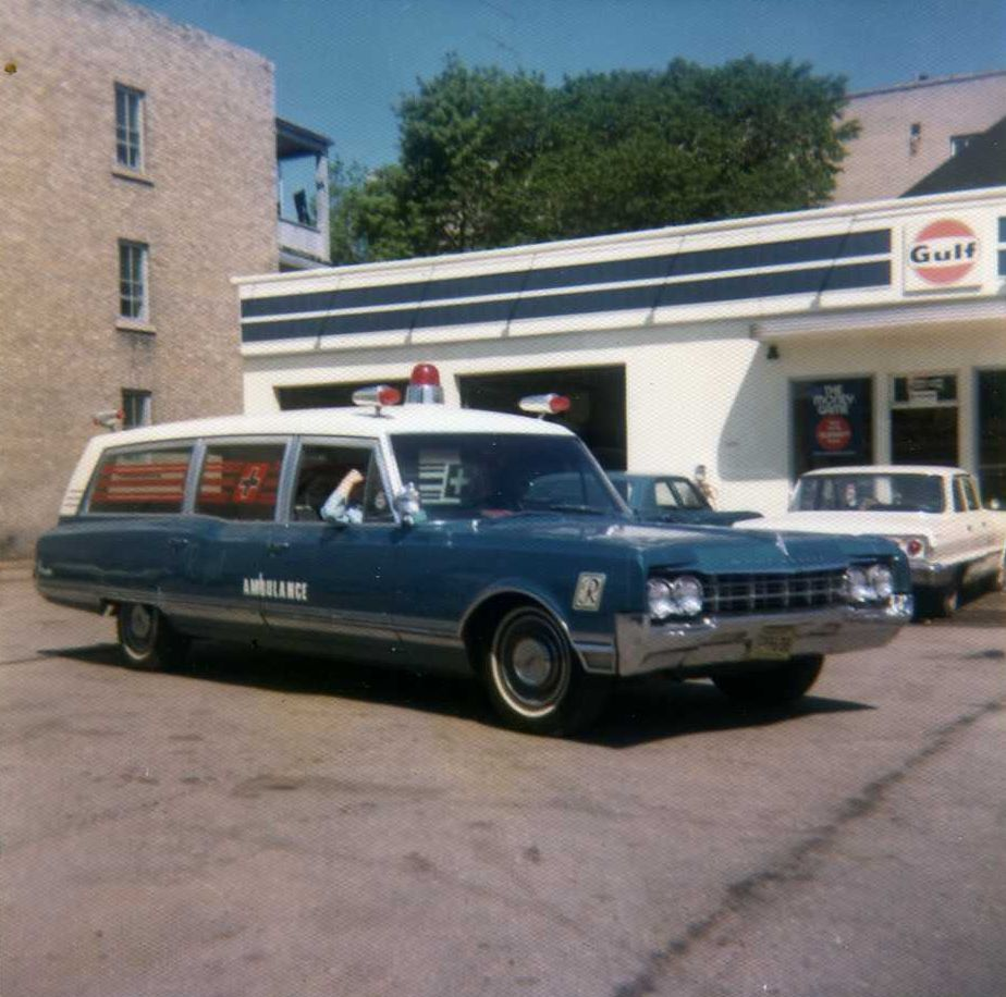 """Seven Oaks "" 65 Olds ( Oldsmobile) ambulance"