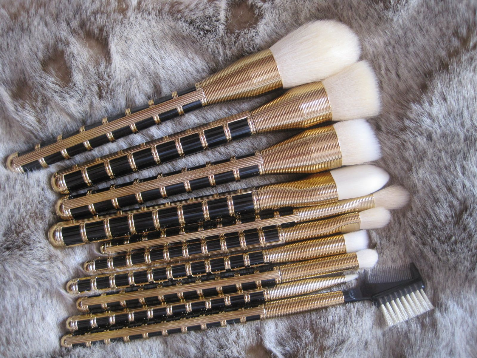 Beauty Reductionista: Sonia Kashuk All That Jazz 10-Piece Brush Set for Holiday 2014