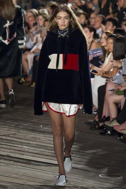 9773c8528 sweater hoodie gigi hadid model NY Fashion Week 2016 runway tommy hilfiger  shorts oversized