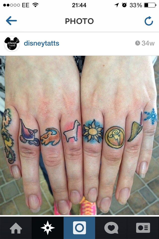 06289be6d Amazing disney fingers! Cute Disney Tattoos, Disney Sleeve Tattoos, Anime  Tattoos, Knuckle